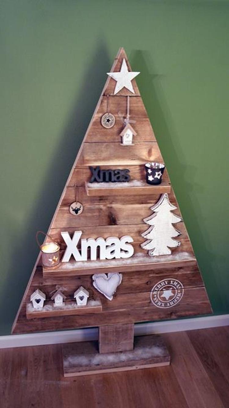 Kerstboom uit steigerhout